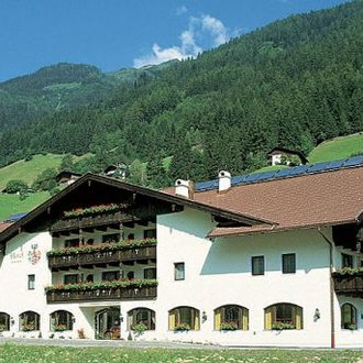 Activehotel BergJuwel 4*  (Neustift, 1.000 m)